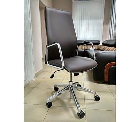 SOLO - кресло для руководителя