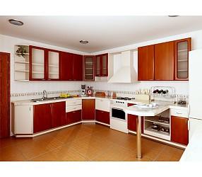 Разные коллекции кухонь с фасадами из пленочного MDF
